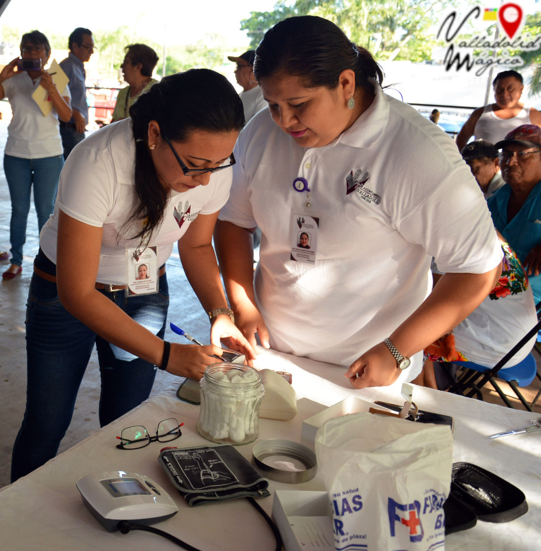 Inicia campaña de salud para la medición de glucosa y presión arterial.
