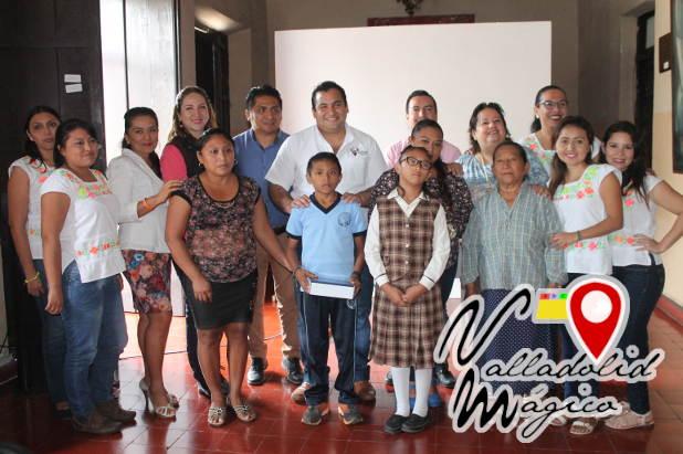 Niños de Valladolid reciben aparatos auditivos