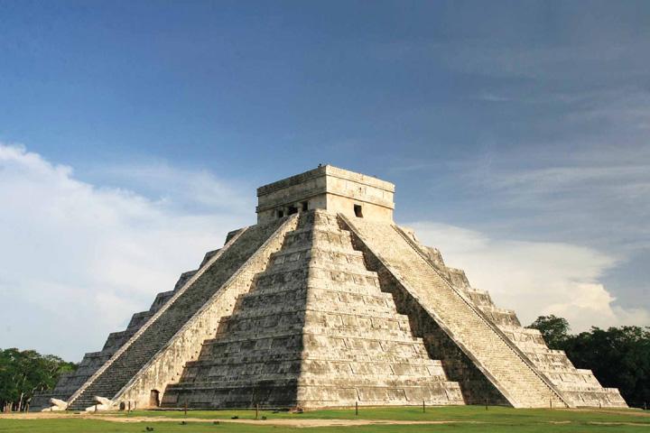 Yucatecos quedan eximidos del pago estatal en 6 zonas arqueológicas, toda la semana