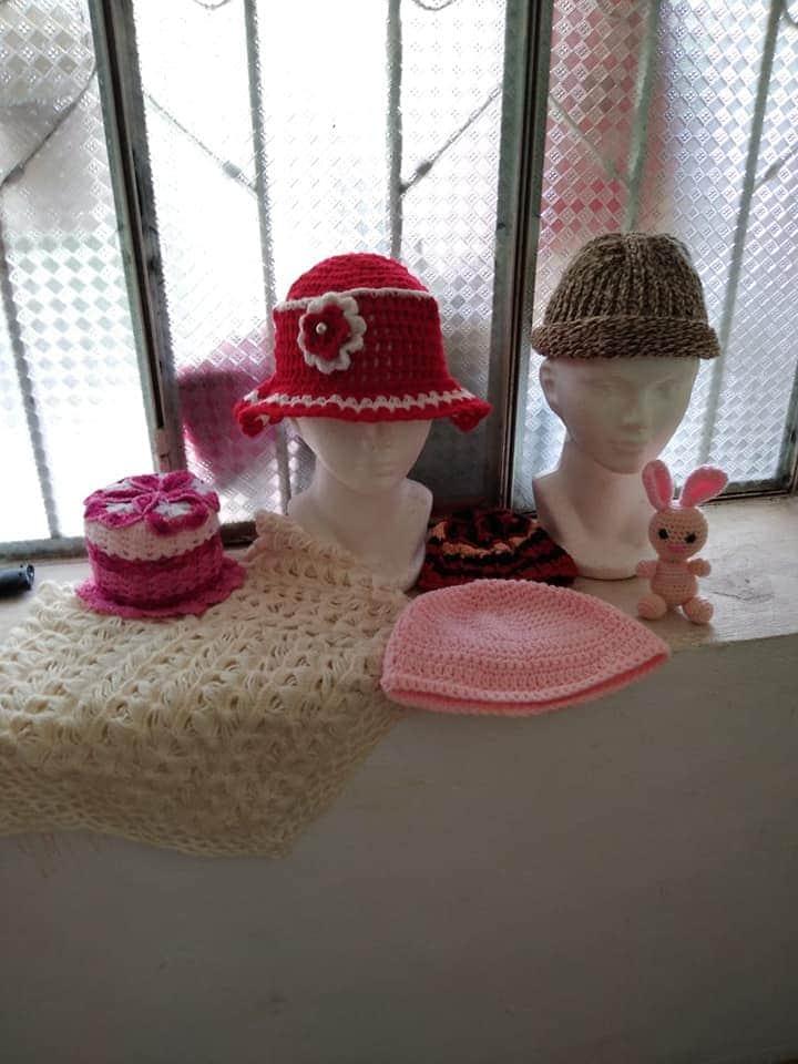 Concluyen talleres bordado y pintura textil