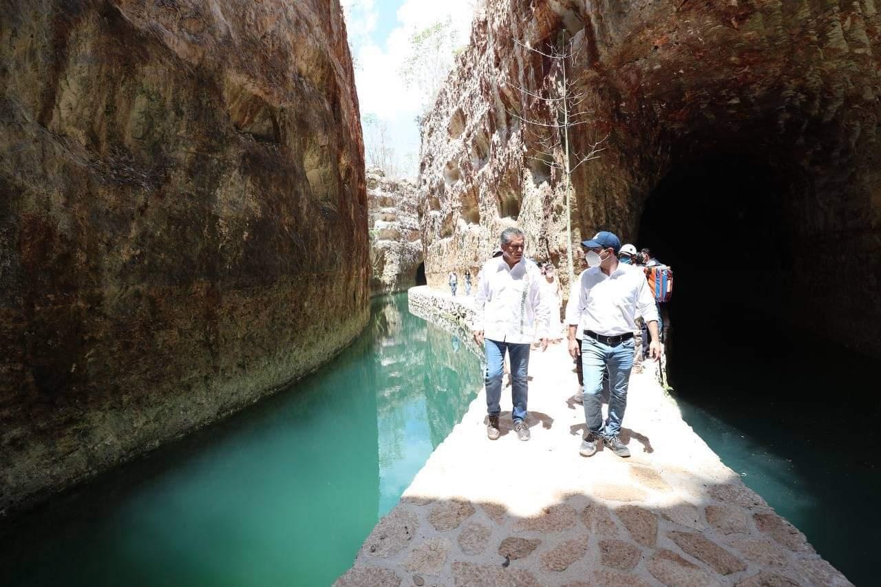 Mauricio Vila visita Xibalba el nuevo parque de XCARET en Yucatán