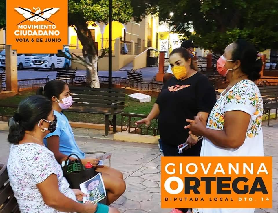 Giovanna Ortega visita Tekit