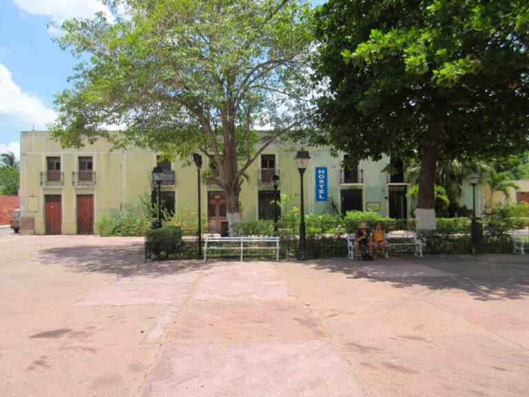 hostel candelaria valladolid yucatan 768x576